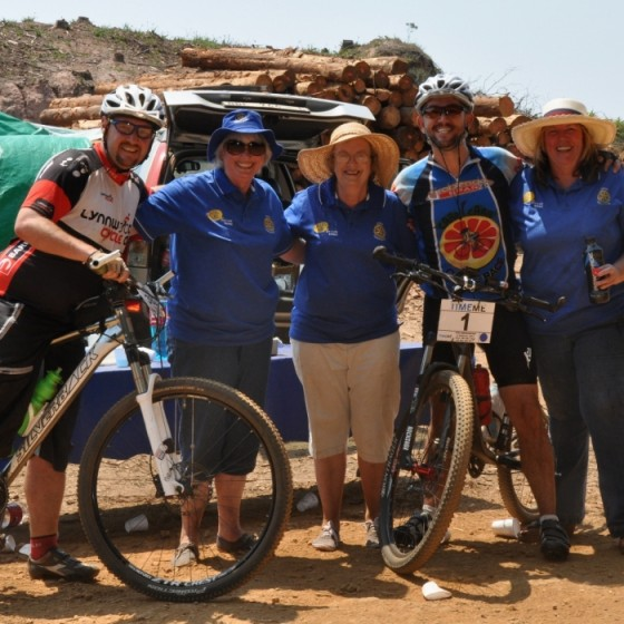Magoebaskloof Mountain Bike Classic Race held on Saturday 14 November was organised by Stanford Lake College. Rotary Haenertsburg assisted by manning  4 water points along the route. Here are three of our lady members with two happy mountain bikers!